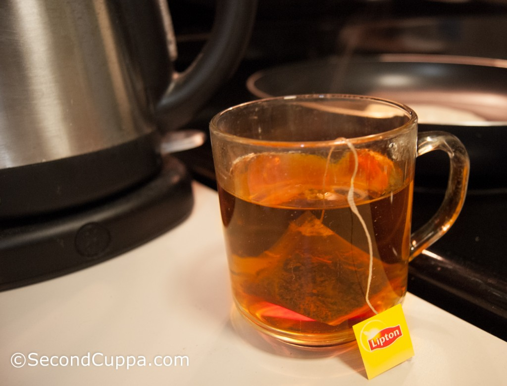 Image of Lipton English Breakfast Tea in Brewing Clear Mug